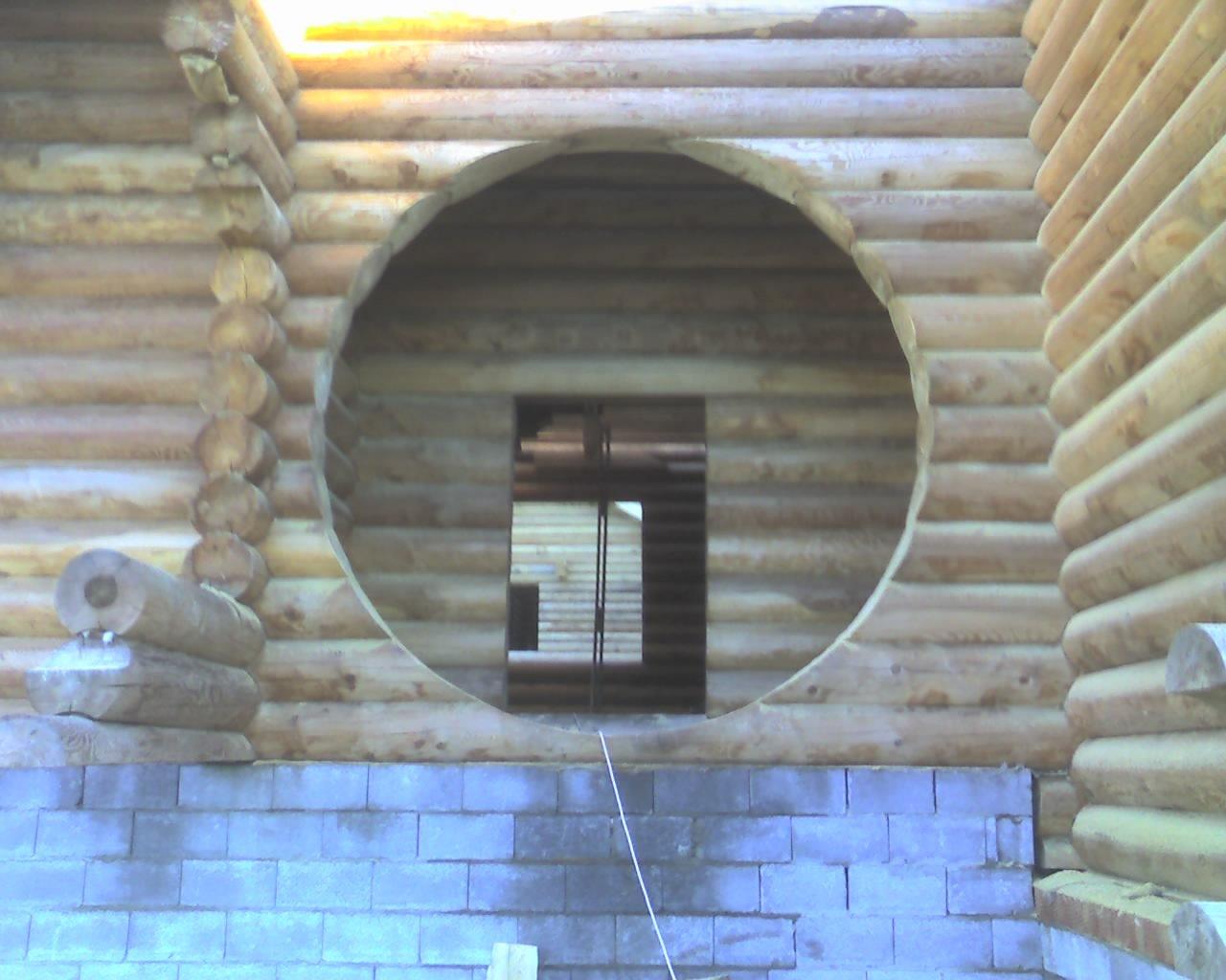 Необычная арка в виде окружности