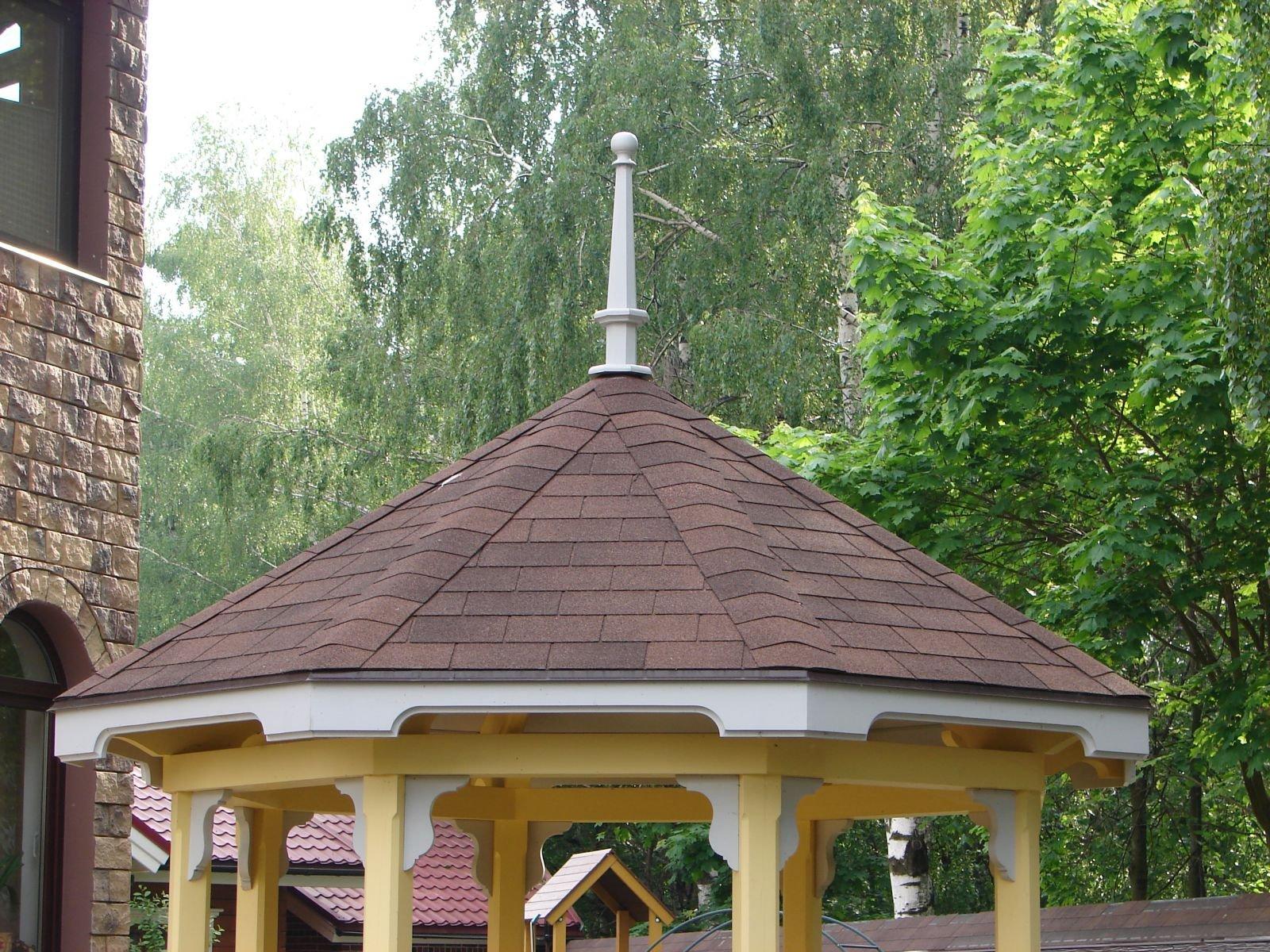Крыша со шпилем восьмигранной беседки